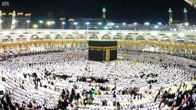 الأيام الأخيرة من رمضان في مكة سياسة ودعاء وصلاة تستفيق شوارع مكة متأخرة في الأيام الأخيرة من شهر السعودية شهررمضان Www Ala Saudi Arabia Good News Muslim