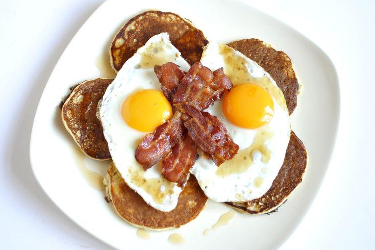 Heerlijke eiwit pannenkoeken als brunch.