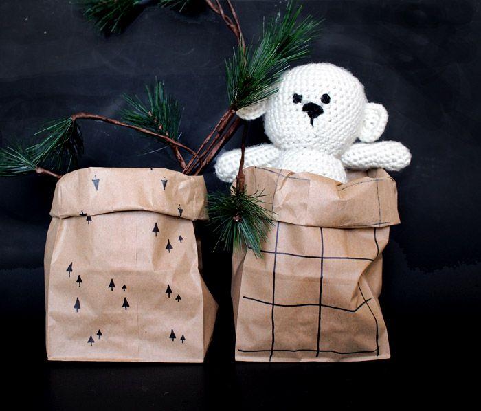 Nice idea for advent calendar too l Babiekins Magazine|Craftykins // Brown Paper Bag Bucket
