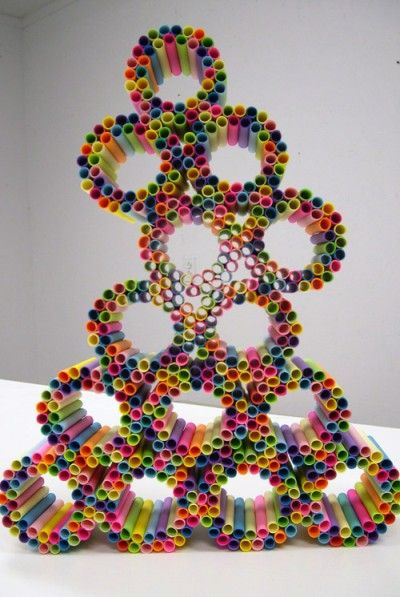 Sticky note tube sculpture