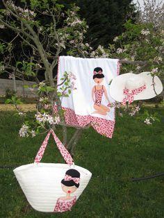 bolsas playa tela   Pamela, bolso de paja y toalla en blanco, decorados con tela de ...