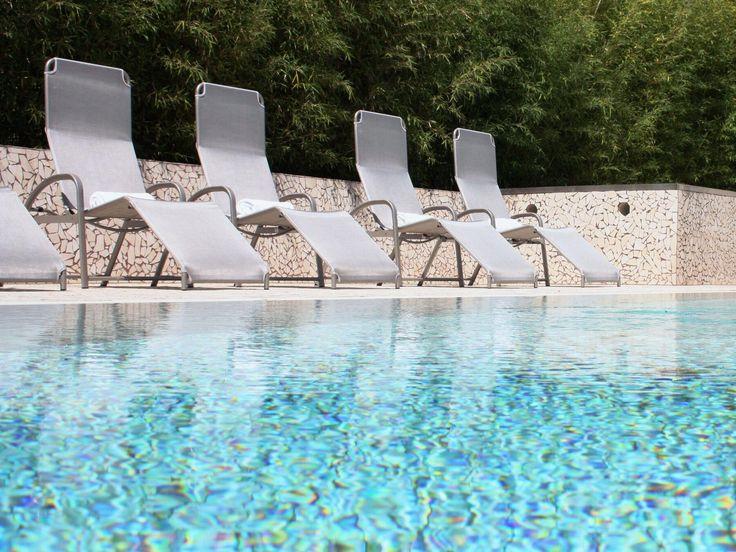 Pour apprécier pleinement la vallée de la Moselle et ses vignobles datant de l'époque romaine, un détour par Remich s'impose! RÉSERVEZ : https://www.logishotels.com/fr/hotel/hotel-saint-nicolas-spa-rest-lohengrin-11145