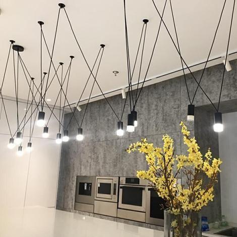 Cyrus – Minimalistische runde Art Deco LED Wandleuchte