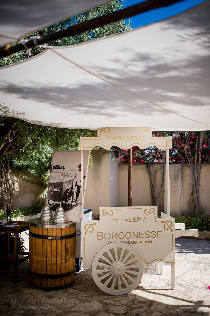 Decoración para bodas. Ideas de decoración para Bodas. Decoraciones impresioanntes de algunas de nuestros reportajes de bodas. Diseño de Paloma Cruz Eventos. Más en www.albertosagrado.com