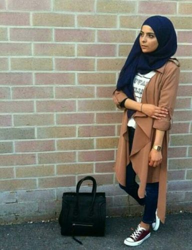 tan trench jacket hijab sporty look- Trendy and chic hijab looks http://www.justtrendygirls.com/trendy-and-chic-hijab-looks/