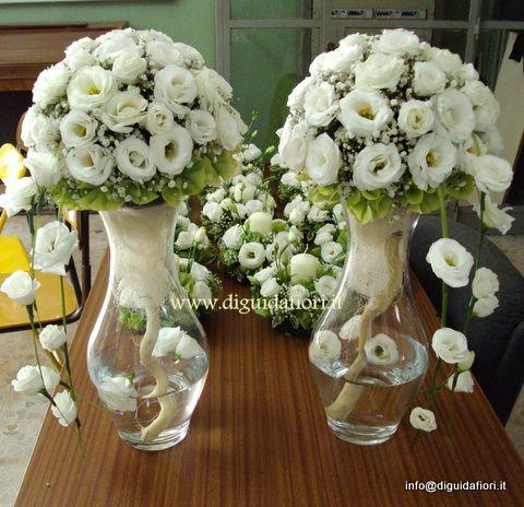 Oltre 25 fantastiche idee su composizioni di fiori vasi di for Fiori acquatici