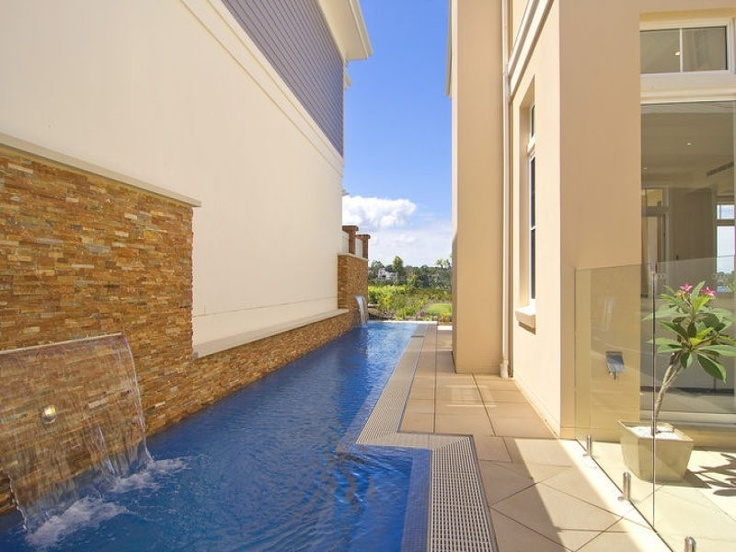 modern garden, swimming pool landscapes, water landscapes  - http://www.homehound.com.au/home+style/detail.php?id=156338#