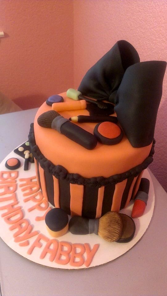Makeup Cake Images : 17 Best images about Makeup cake on Pinterest Birthday ...