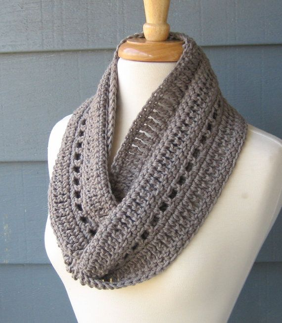Crocheting Infinity Scarf For Beginners : Infinity Scarfs