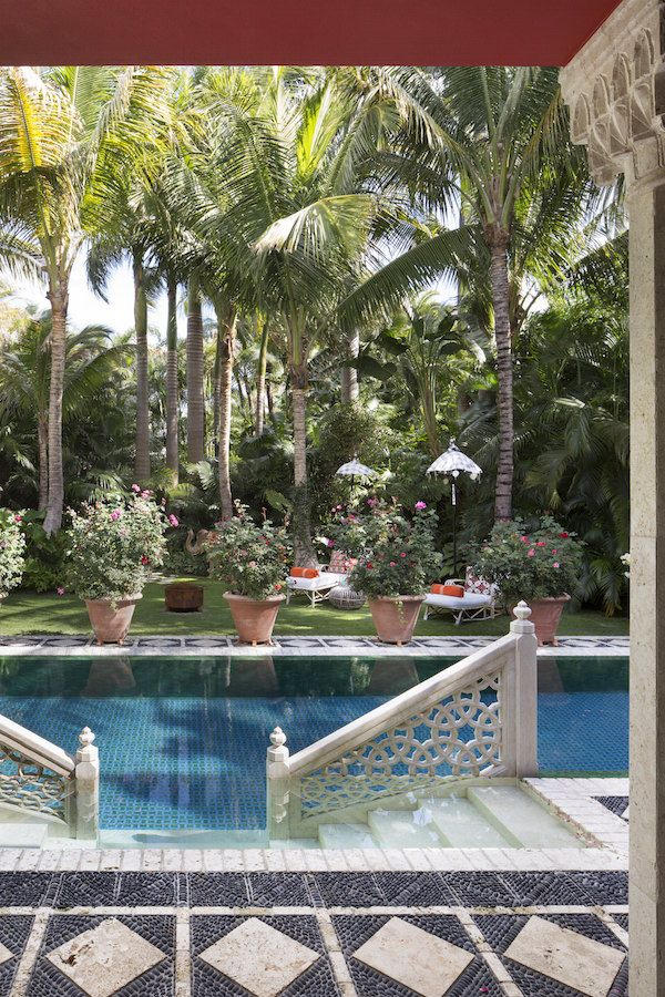 Palm Beach chic Rayner garden and pool