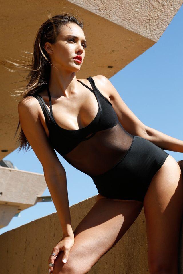 Jessica alba sexiest picture — 15