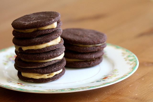 CHOCOLATE ESPRESSO SANDWICH COOKIES | Food | Pinterest