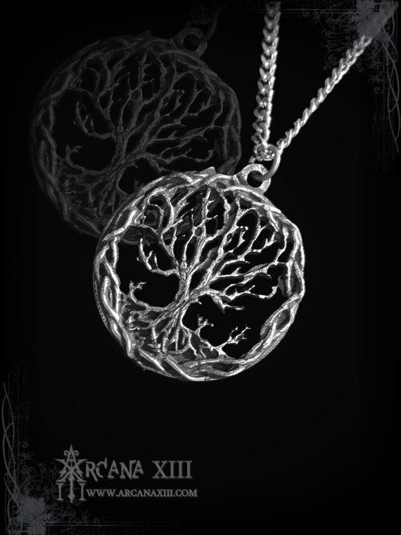 pendentif viking arbre de vie yggdrasil collier par ArcanaXIII