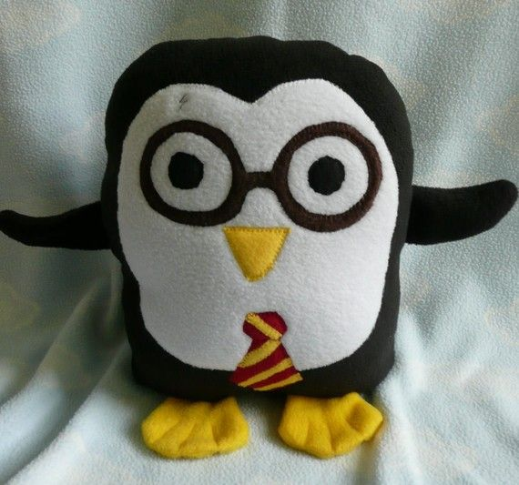 soooo cute!: Owl Pillows, Omg Harry Potter, Cutest Harry, Potter Mania, Harry Potter Ships, Harry Potter Owl, Penguins Pillows, Harry Potter Penguins, Harry Potter Pillows