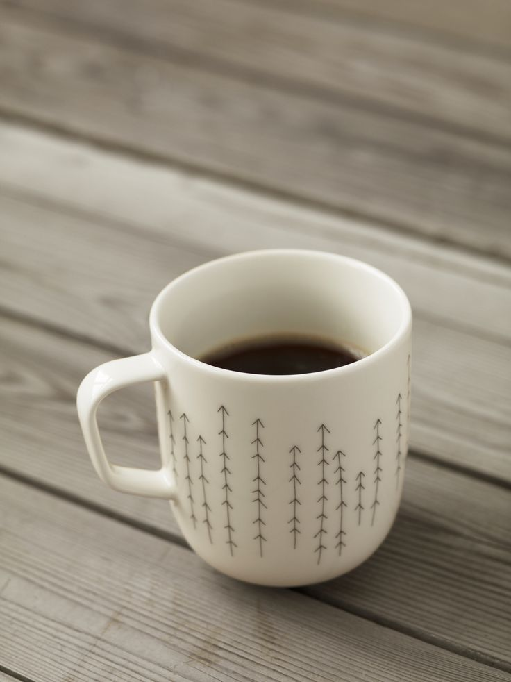 Sarjaton - 'Metsä', which means forest, covers more than half of Finland. Enjoy it on the decorated mug.