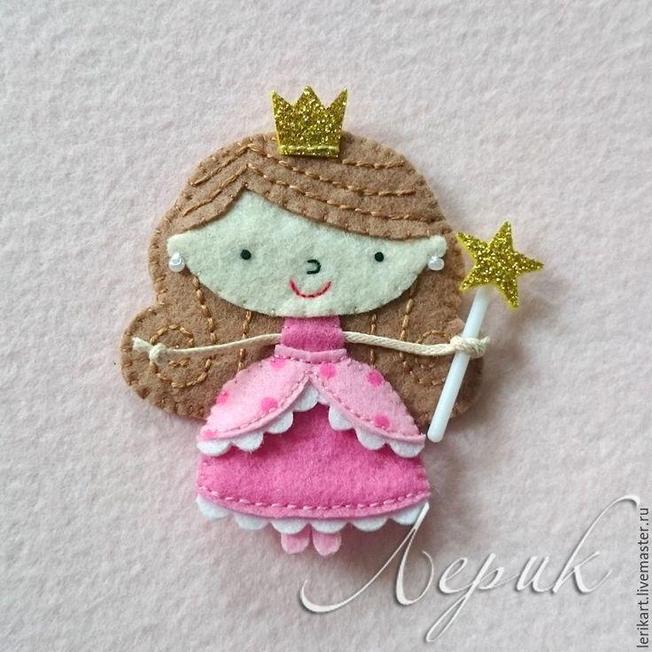 """Купить Брошка """"Принцесса"""" - фетр, брошь, принцесса, подарок девочке, корона, брошка, брошки из фетра"""