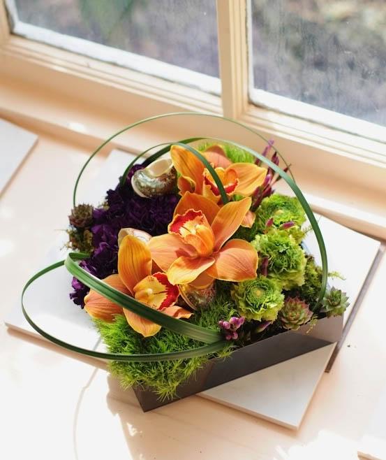 modern floral design - Grouped Low Arrangement by Green Dahlia