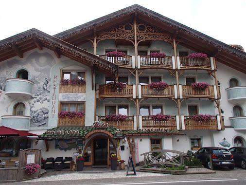 Hotel Rita in Canazei, Trento, Italia