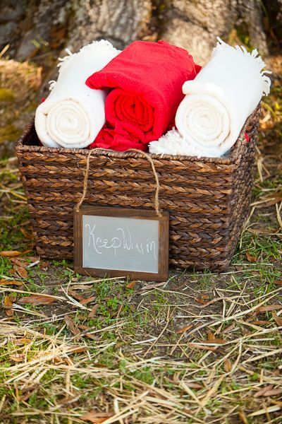 Mar 19, · Get everything you need for throwing a perfect outdoor country wedding, from diy projects to decorations, planning advice, and more!