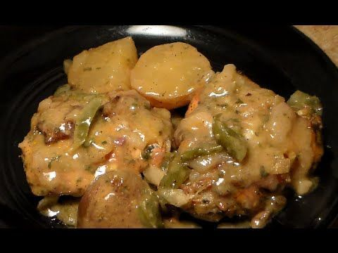 SMOTHERED Baked Chicken Recipe: How To Make Baked Chicken With Gravy - YouTube