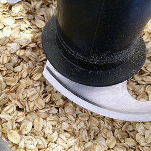 Turn rolled oats into gluten-free flour. | 17 Truly Magical Things You Can Do With A Food Processor