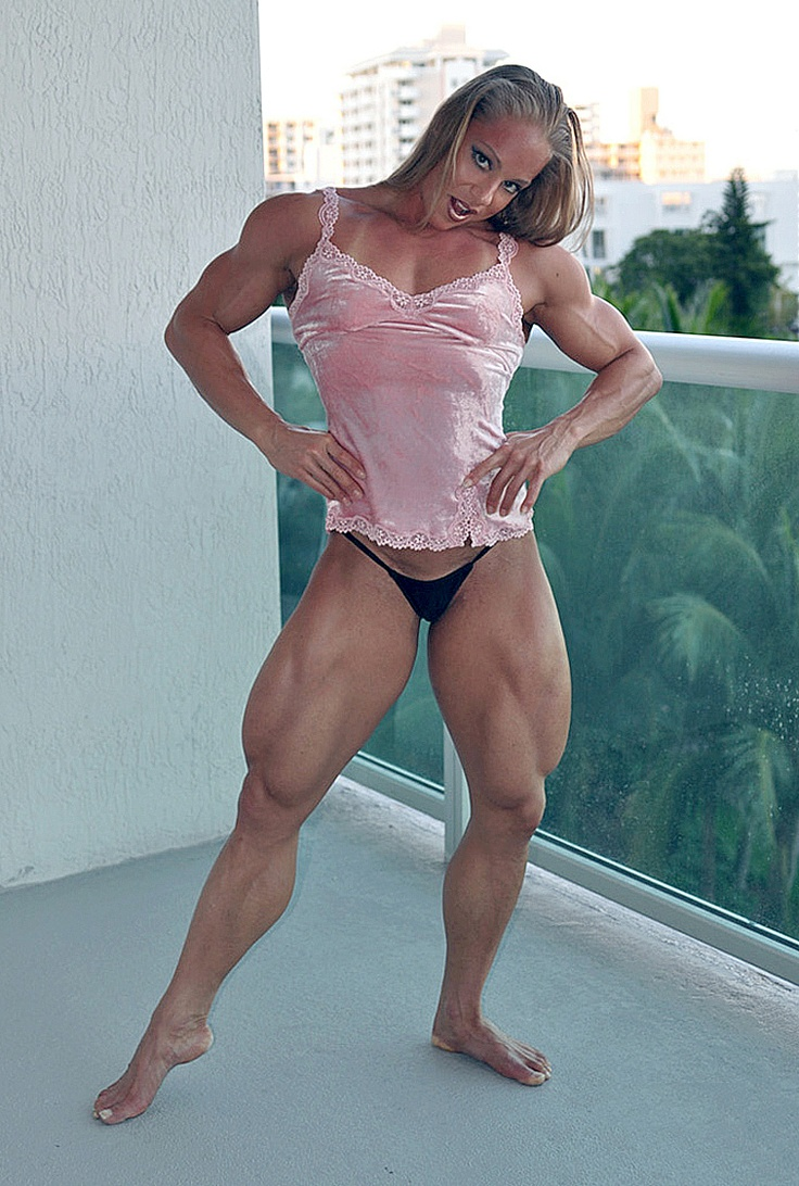 Femdom muscle chics