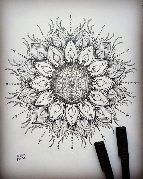 "segmental-seed-of-life: "" #mandala #blackandwhite #dotwork #"