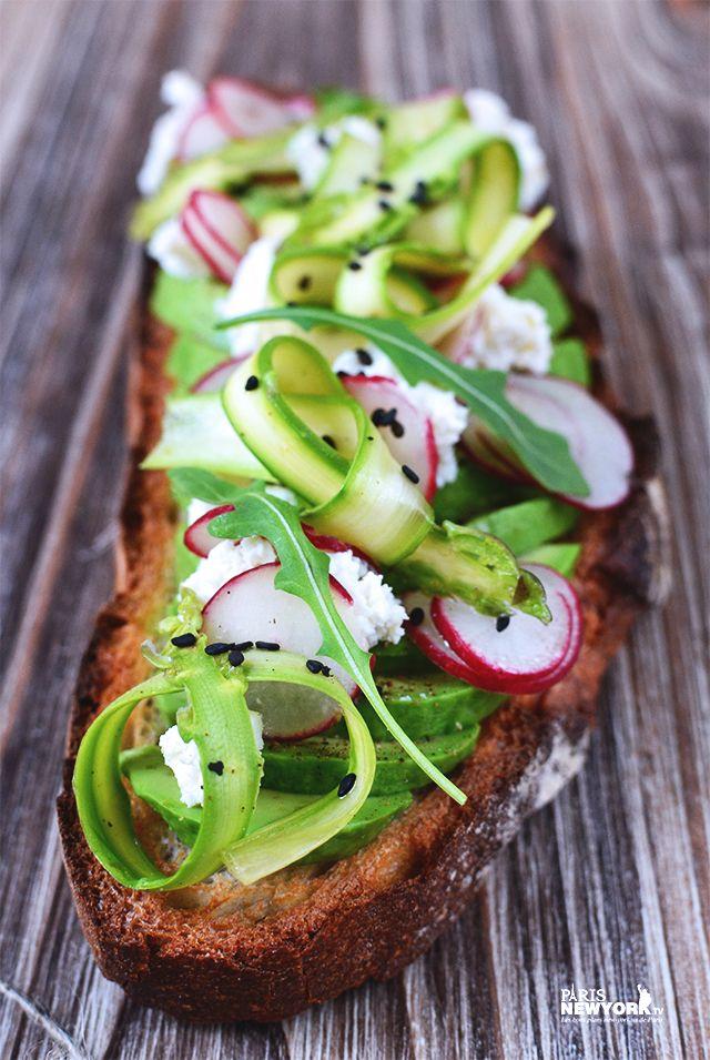 Avocado toasts comme à New York : vous aussi faites-vous des tartines de gourmet à l'avocat ! ULTRA-FACILE - See more at: http://www.paris-newyork.tv/avocado-toasts-comme-a-new-york-vous-aussi-faites-vous-des-tartines-de-gourmet-a-lavocat-ultra-facile/#sthash.Yc6UjMiY.dpuf