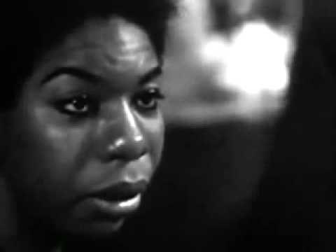 DAMN THIS MADE ME CRY SO MUCH!! I <3 you, Nina Simone - Tomorrow Is My Turn (live)