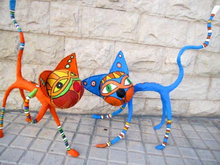 Gatitos en papel mache