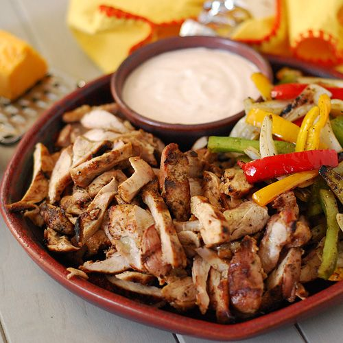 Nibble Me This: Grilled Chicken Fajitas