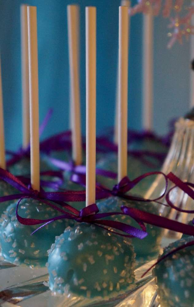 Kazel's Frozen Birthday Party | CatchMyParty.com