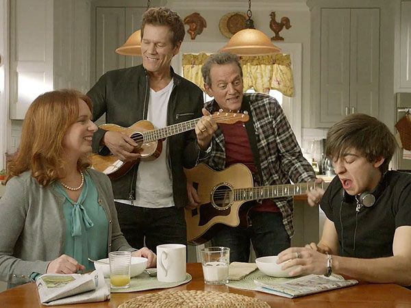 Kevin Bacon Is Promoting Eggs (Naturally) in This Hilarious New Commercial (VIDEO) http://greatideas.people.com/2016/03/08/kevin-bacon-eggs-commercial-brother-michael/