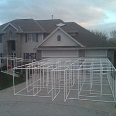 """PVC """"Halloween"""" Maze. Oh, if I only had time to create this!  Not a bad idea if you're just starting off...."""