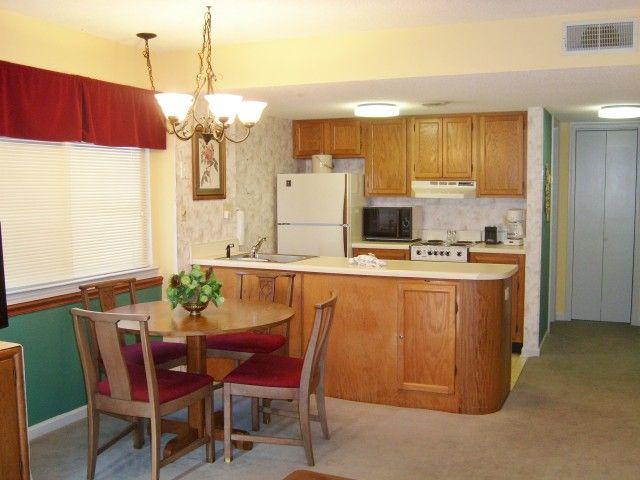 1201   Livinu0027 Good (Studio)   1 Bedroom Gatlinburg Condo Rental   This ·  The MantleSmoky MountainPigeon ...