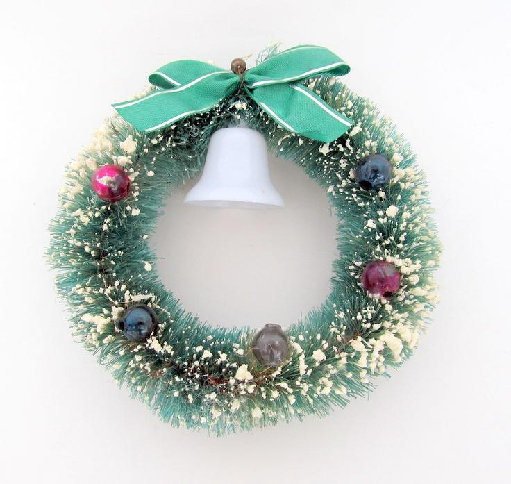 Vintage Green Bottlebrush Wreath Christmas Decoration Putz