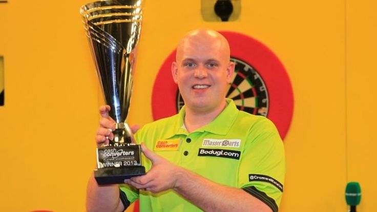 Players Championship Finals: Michael van Gerwen to face Raymond van Barneveld in first round