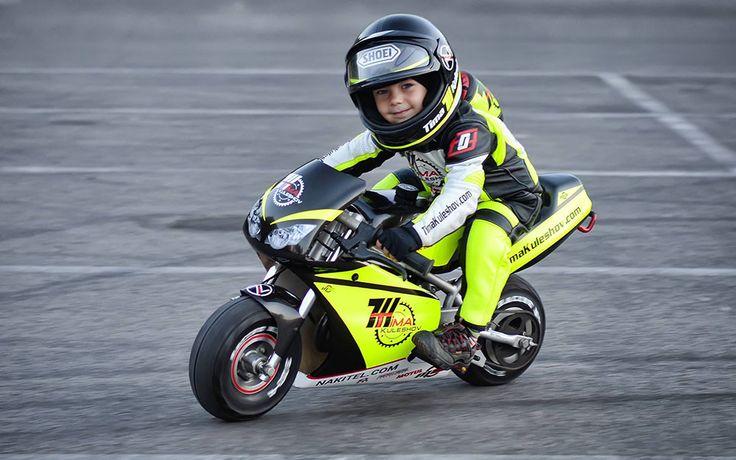 Sosem lehet elég korán kezdeni a motorozást!