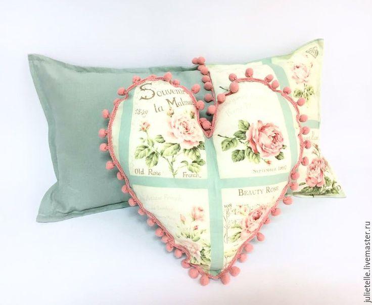 Купить Цветочные подушки - комбинированный, подушка, розовый, голубой, розы, шебби-шик, бохо, Декор