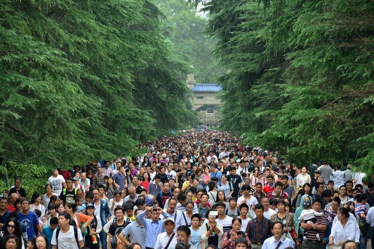 People visit a tourism resort during the national golden week holiday in Nanjing, Jiangsu Province, China, October 4, 2016. REUTERS/Stringer ATTENTION EDITORS - THIS IMAGE WAS PROVIDED BY A THIRD PARTY. EDITORIAL USE ONLY. CHINA OUT. via @AOL_Lifestyle Read more: https://www.aol.com/article/news/2017/07/10/sweden-ranked-best-country-to-be-an-immigrant/23023633/?a_dgi=aolshare_pinterest#fullscreen