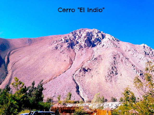 Frente a Nuestro Spa, la vista maravillosa de este cerro Majestuoso