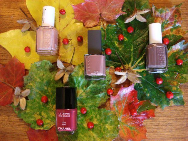 Autumn nail polishes
