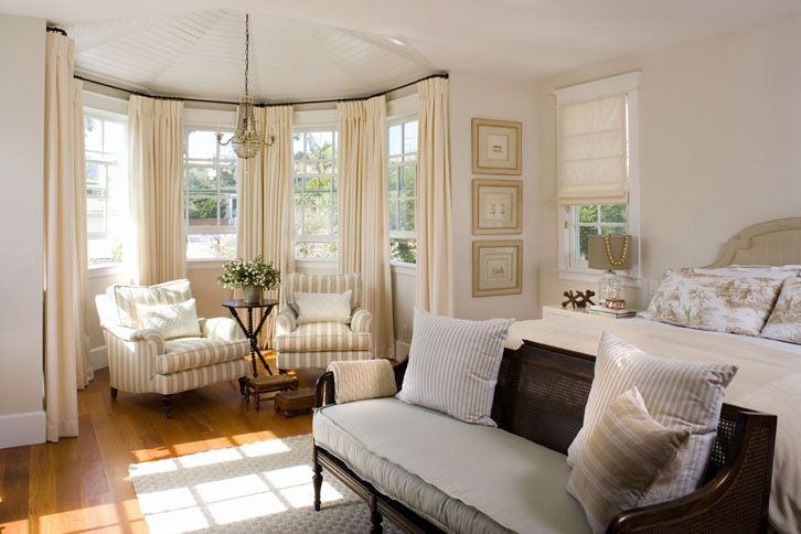 .: Window Curtains, Decor Ideas, Window Ideas, Bays Window Treatments, The Bays, Bay Windows, Master Bedrooms, Window Seats, Sit Area
