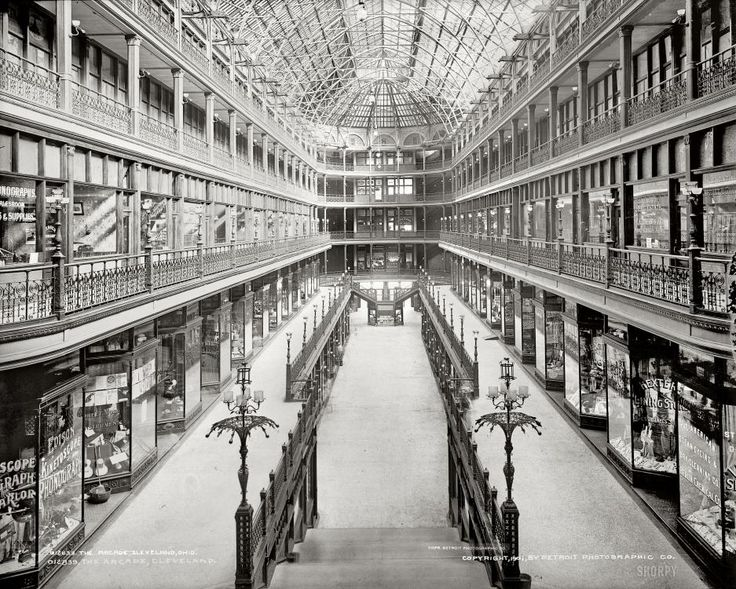 The Mall: 1901  Cleveland, Ohio: The Colonial Arcade