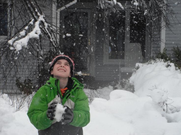 https://contest.thesca.org/snow2012/snow-basketball Snow Basketball(: