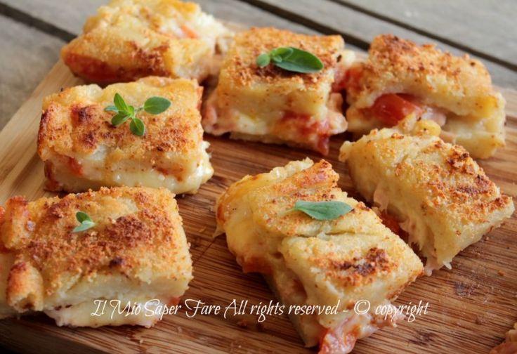 Schiacciata di patate ripiena al forno