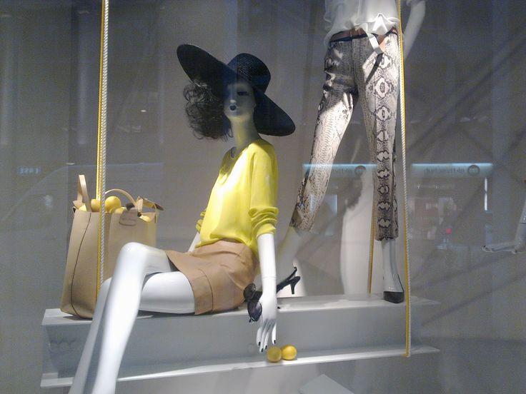 """""""we bought a lemon Kirsty"""", pinned by Ton van der Veer"""