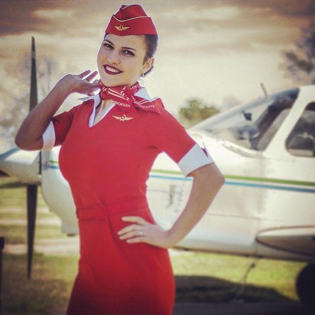только фото стюардесс самары две девушки наперебой