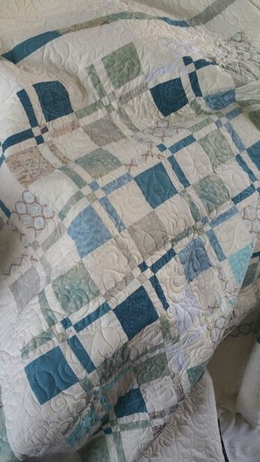 Disappearing 9 patch! Pattern Missouri Star Quilt Company ♡