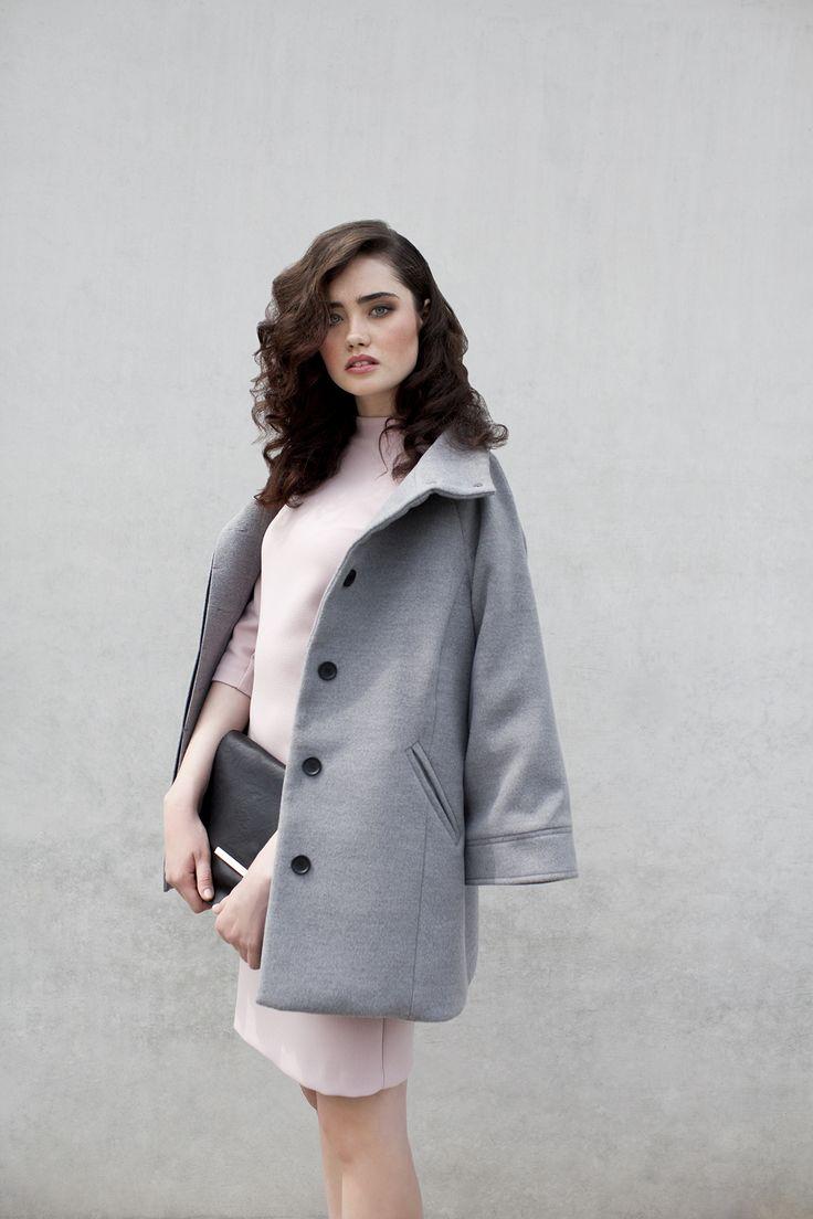 #danhen #fw2015 #jesien #kampania #campaign #pink #gray #coat http://www.danhen.com/product-pol-287-Szara-kurtka.html